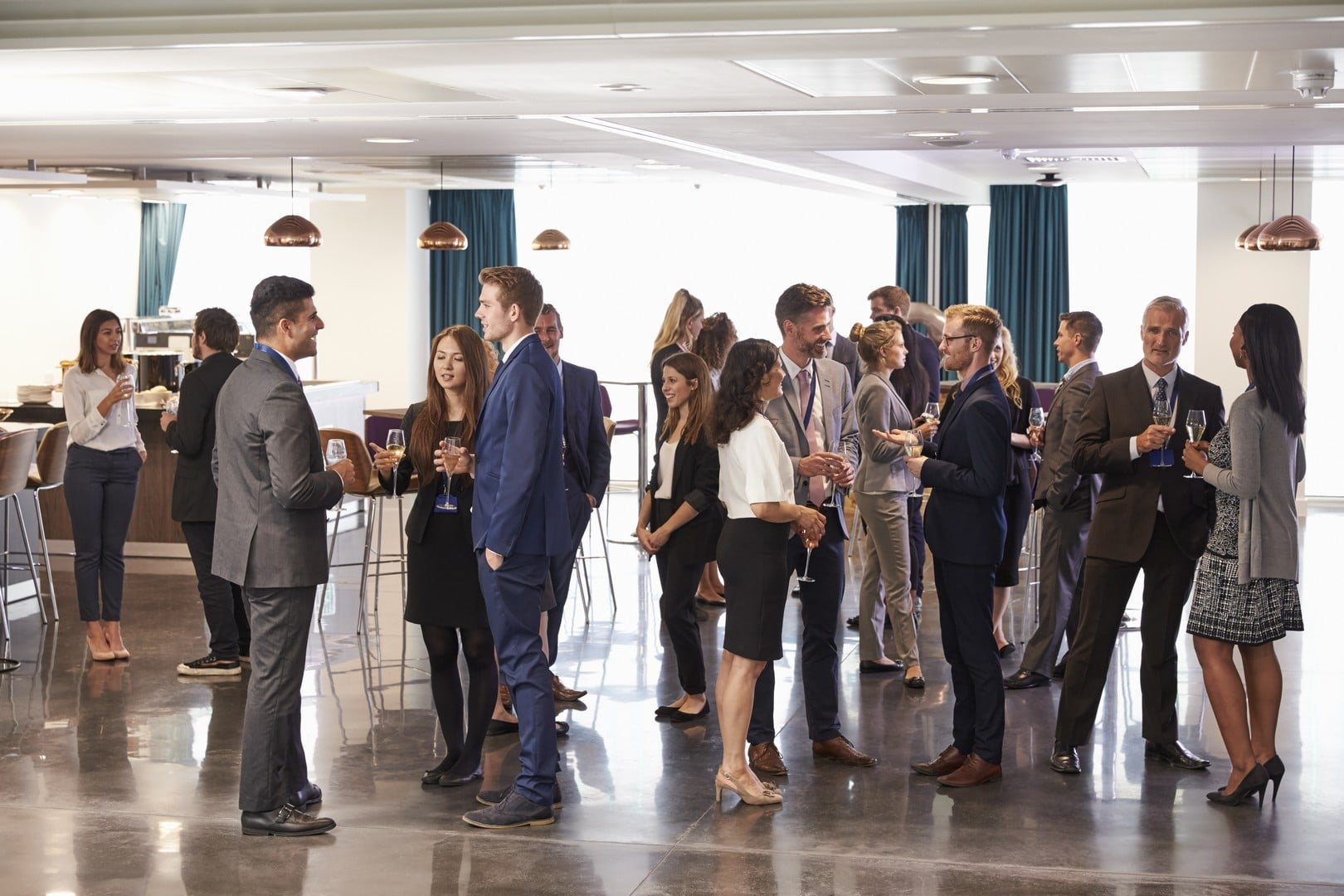 tn delegates networking at conference drinks PJX2DZ7